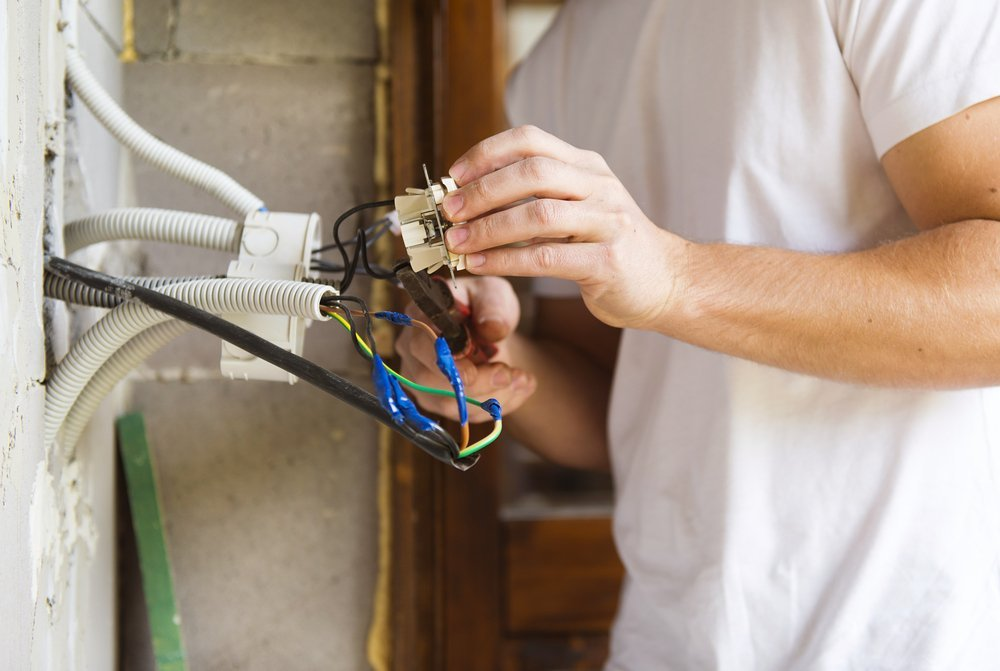 Electrical DIY - Just Don\'t Do It | Kelowna Epic Electricians