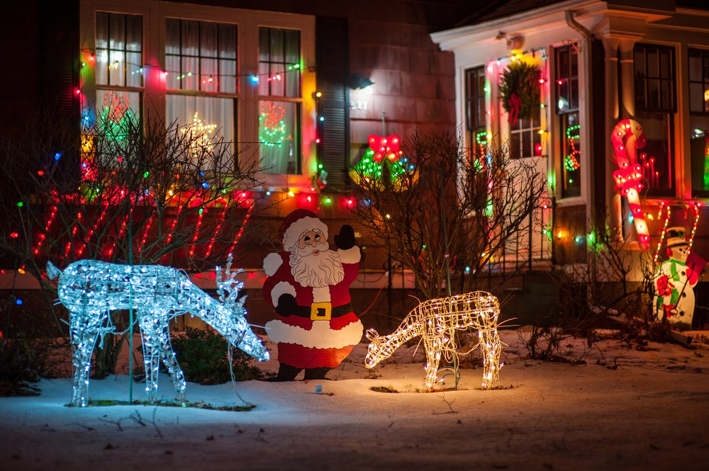 Kelowna Electrician: Epic Electric - Holiday lighting safety tips